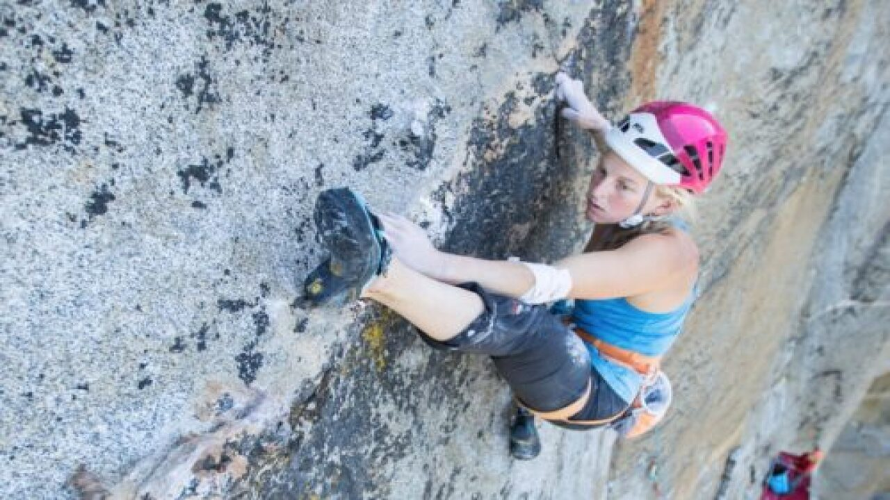 First Woman Climbs Yosemite's El Capitan Via The Golden Gate Route In Less Than 24 Hours