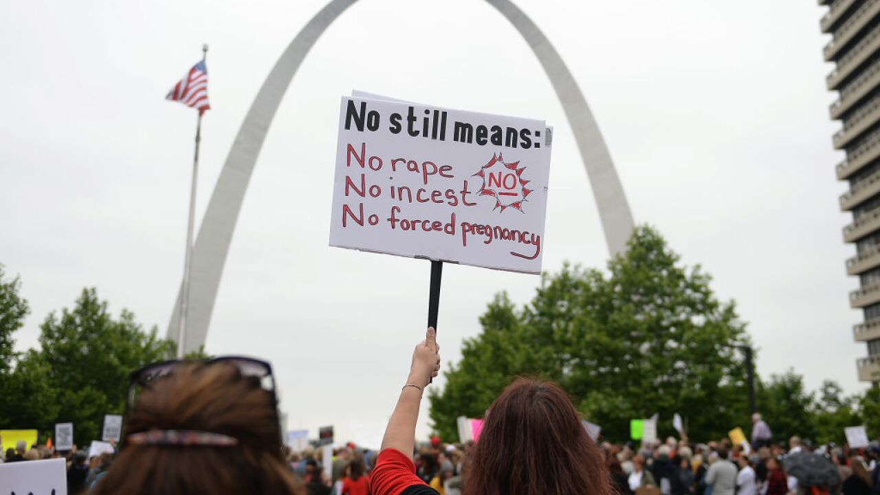 Judge's ruling allows clinics in Missouri to continue abortion services