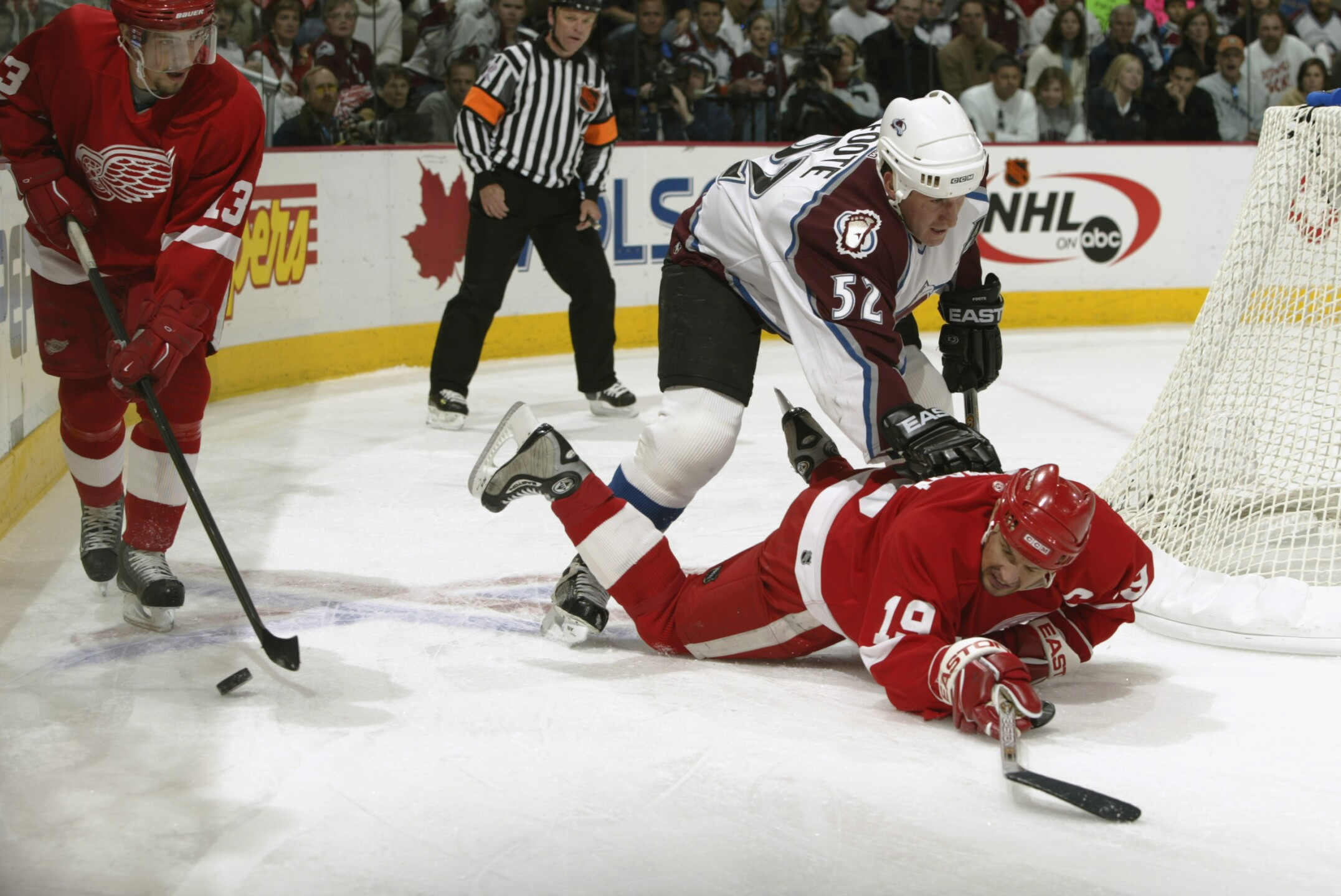 Red Wings v Avalanche