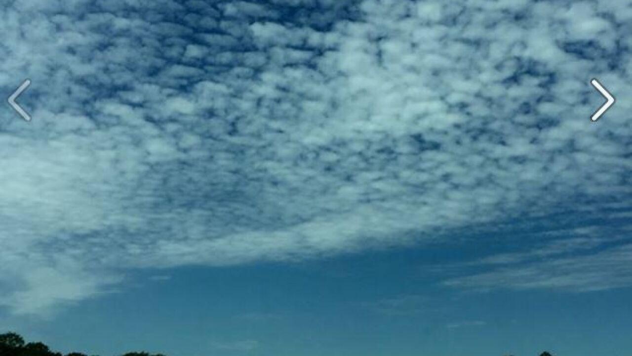 Cloudsandsun4216.JPG