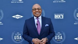 Mike_Tirico_Team USA Awards