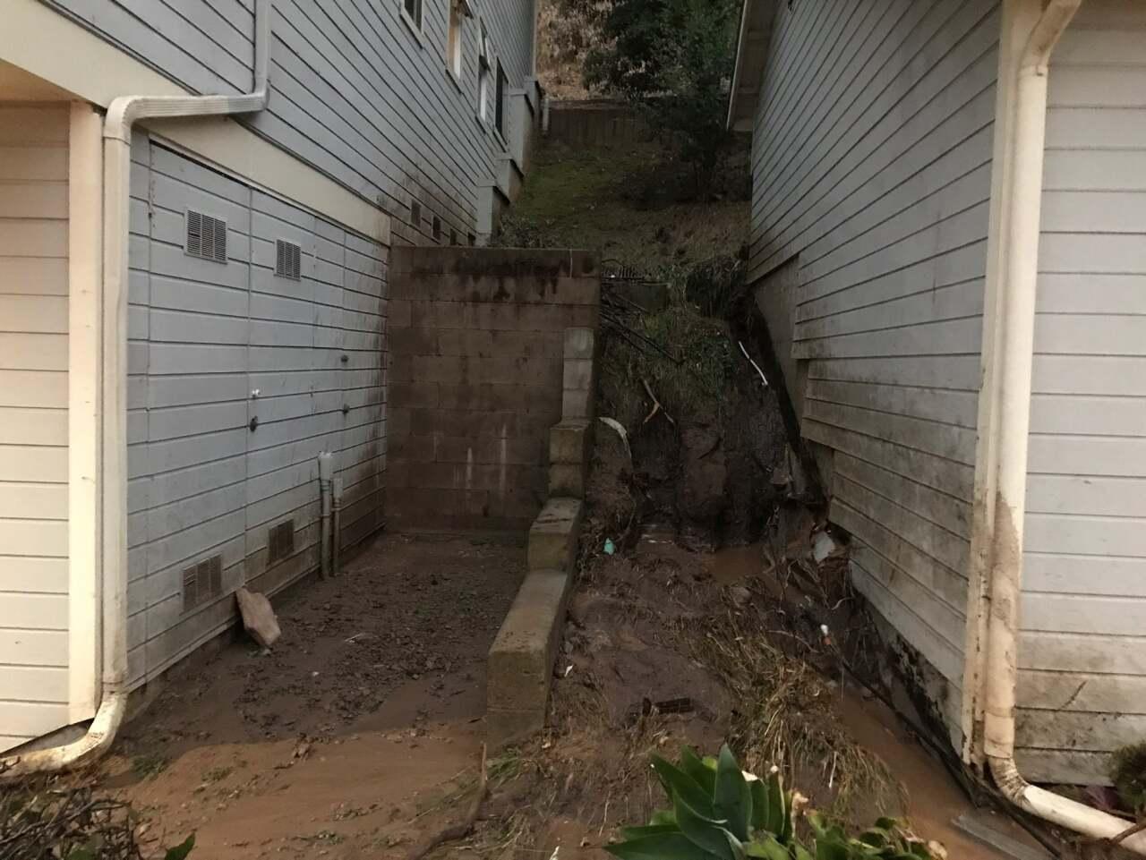 SB water leak 2.jpg