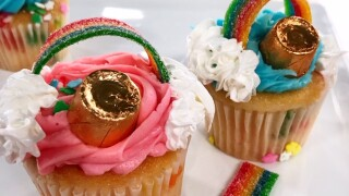 Easy Pot O' Gold Cupcakes for St. Patrick'sDay