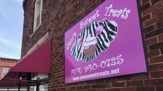 Exterior of Jen's Sweet Treats in Cudahy