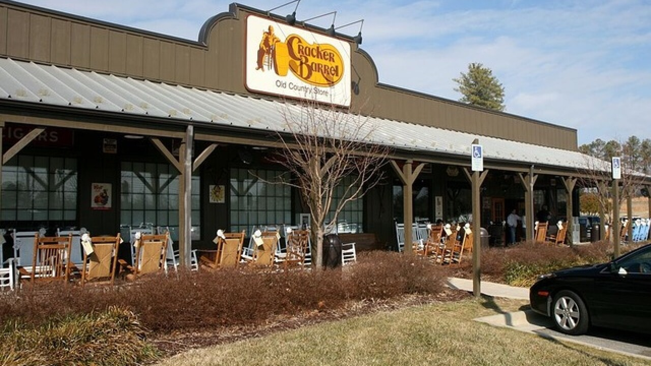 80 Year Old Indiana Couple Now One Cracker Barrel Location Away