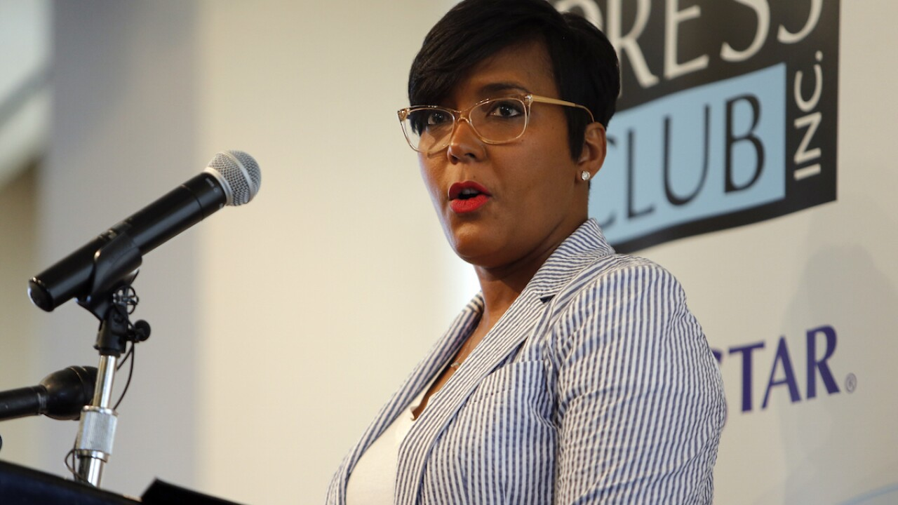 Atlanta mayor tests positive for COVID-19, she announced on Twitter