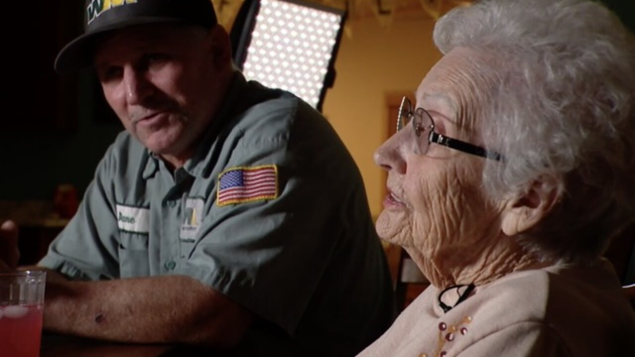 Garbage collector helps 93-year-old woman flee from Camp wildfire