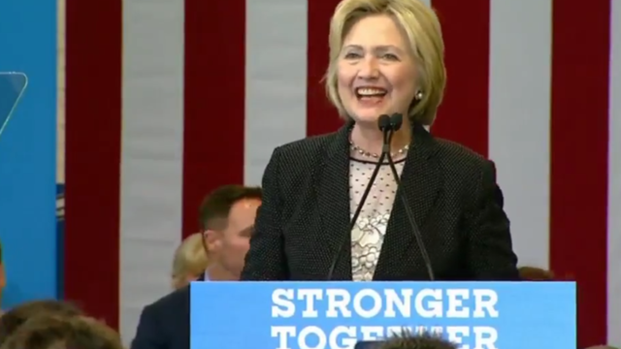 In Columbus, Clinton aims to disqualify Trump on handling of economy