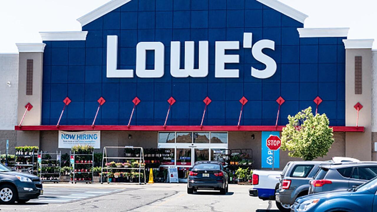 Lowes_Opening.jpg