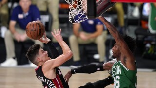 Tyler Herro drives to basket, Miami Heat vs Boston Celtics in Game 4 of 2020 NBA Eastern Conference Finals