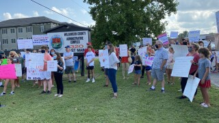 Williamson County parents rally
