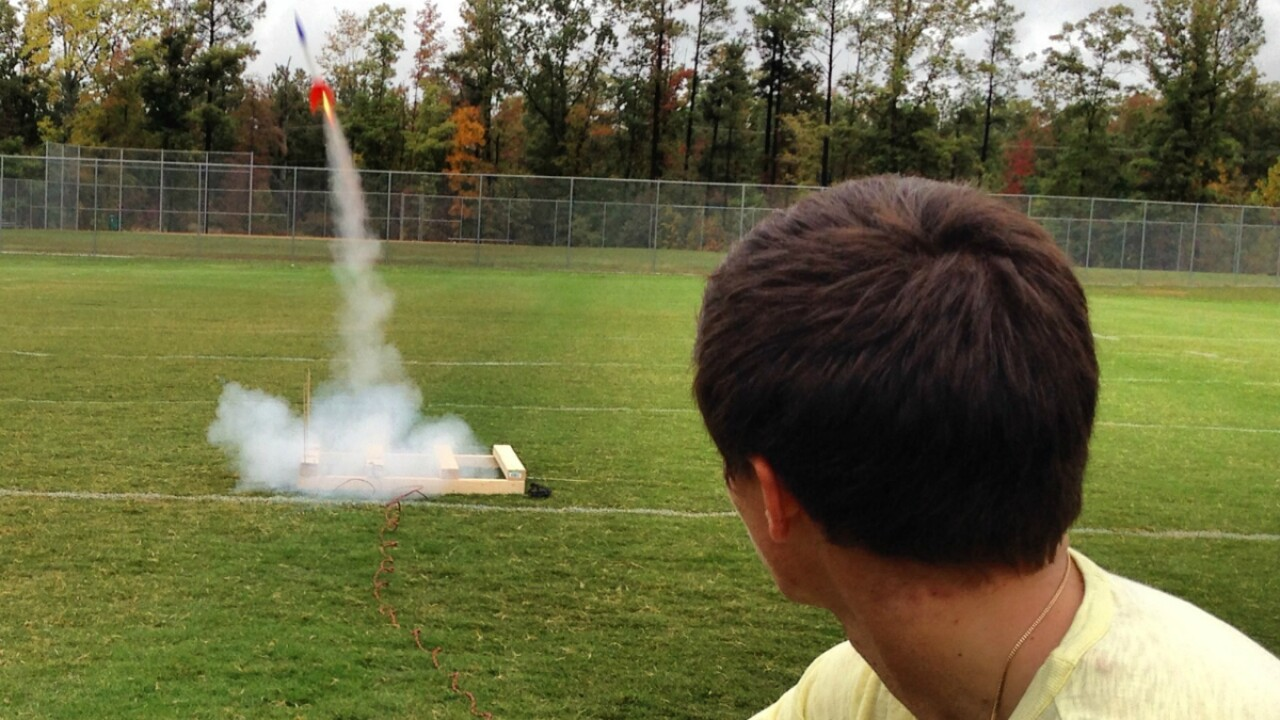 Son hopes to honor his mother with record-breaking rocket launch