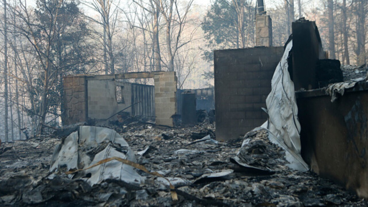 Gatlinburg wildfire death toll increases to 10; officials continue to investigate