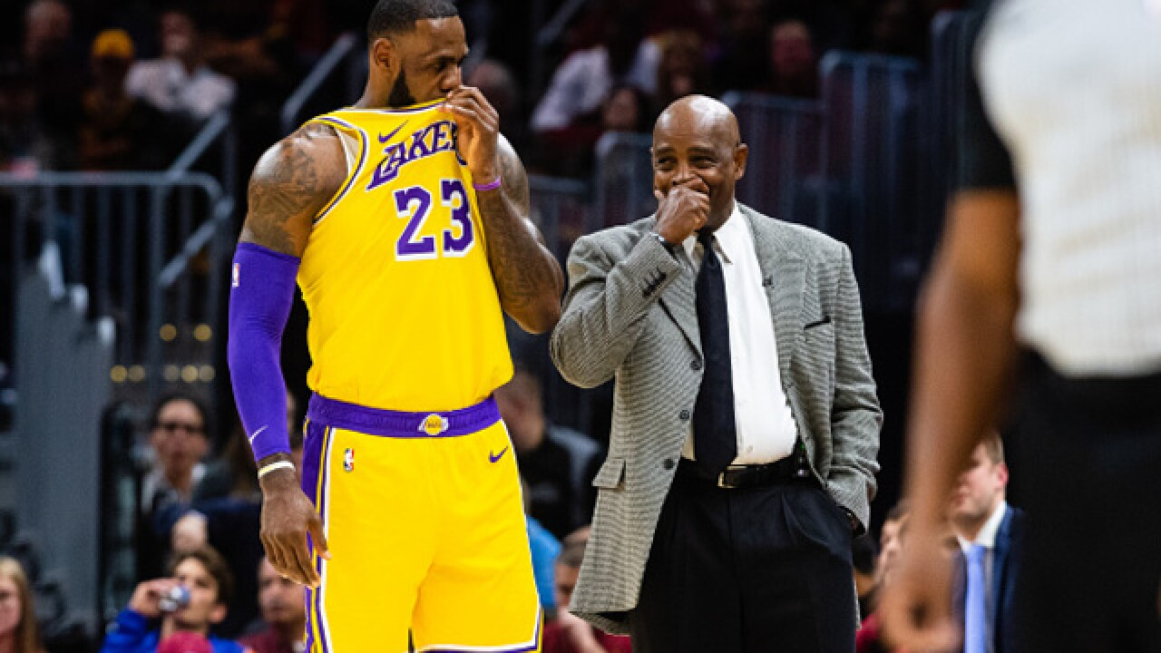 fa0f86d1a43 IMAGES  Cavs fall to Lakers in first game against LeBron James