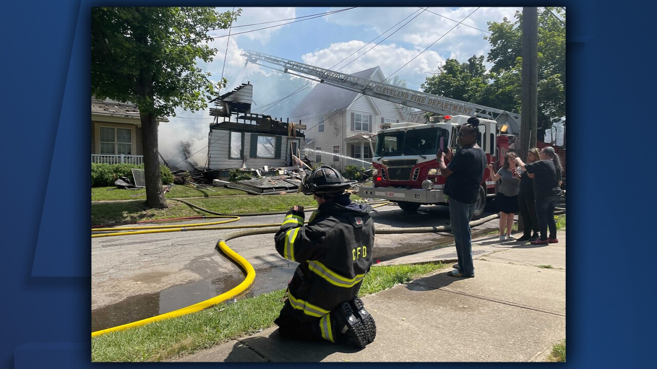 Cleveland East 57th House Explosion.jpg