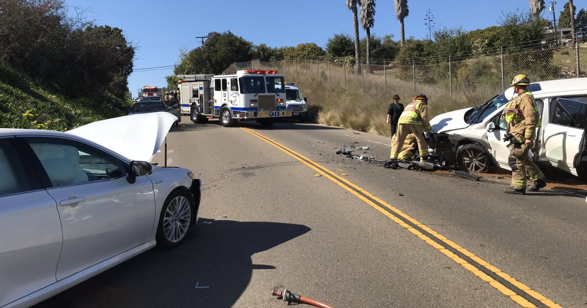 3 people injured in head-on crash in Santa Barbara