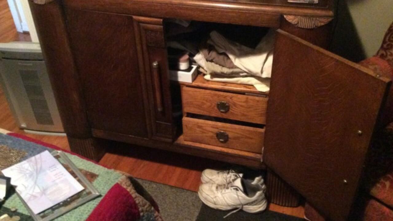 Burglar smashes back door, grabs heirlooms