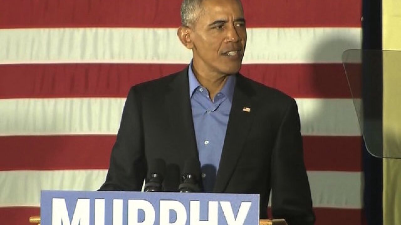 Obama, in return to campaign trail, calls on Americans to reject 'politics of fear'