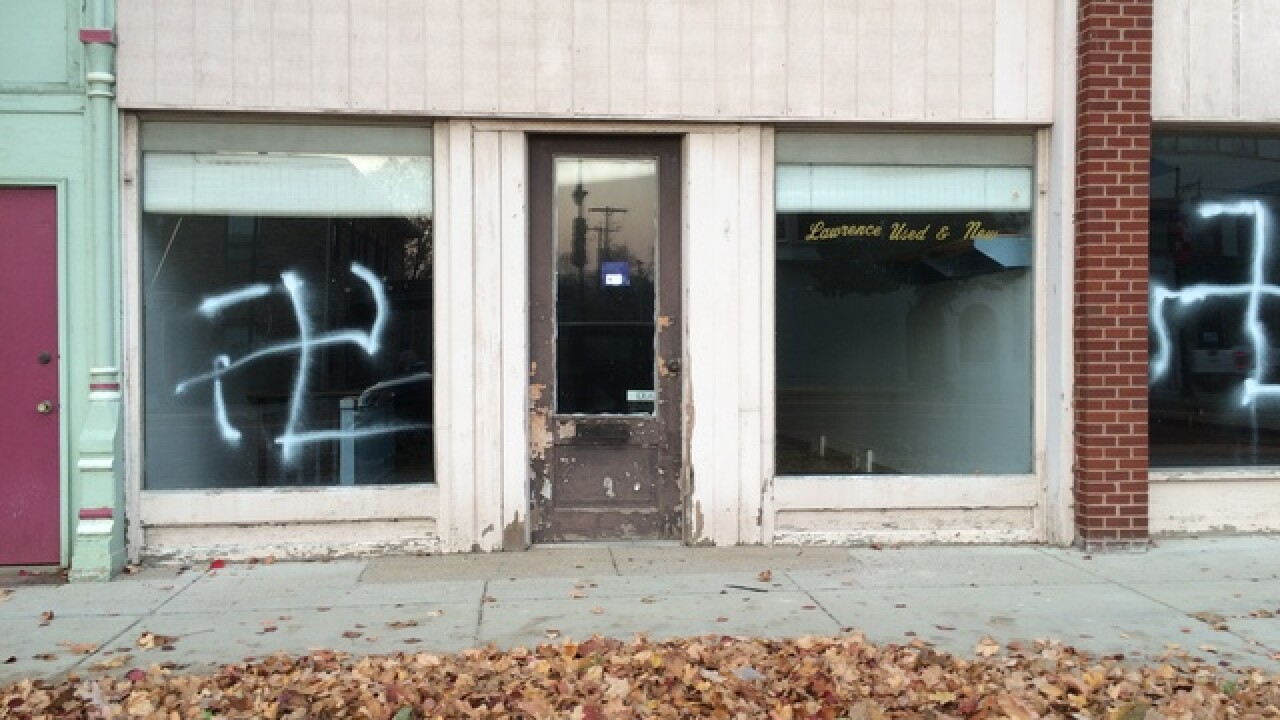 2 arrested for vandalism, thefts in Albion