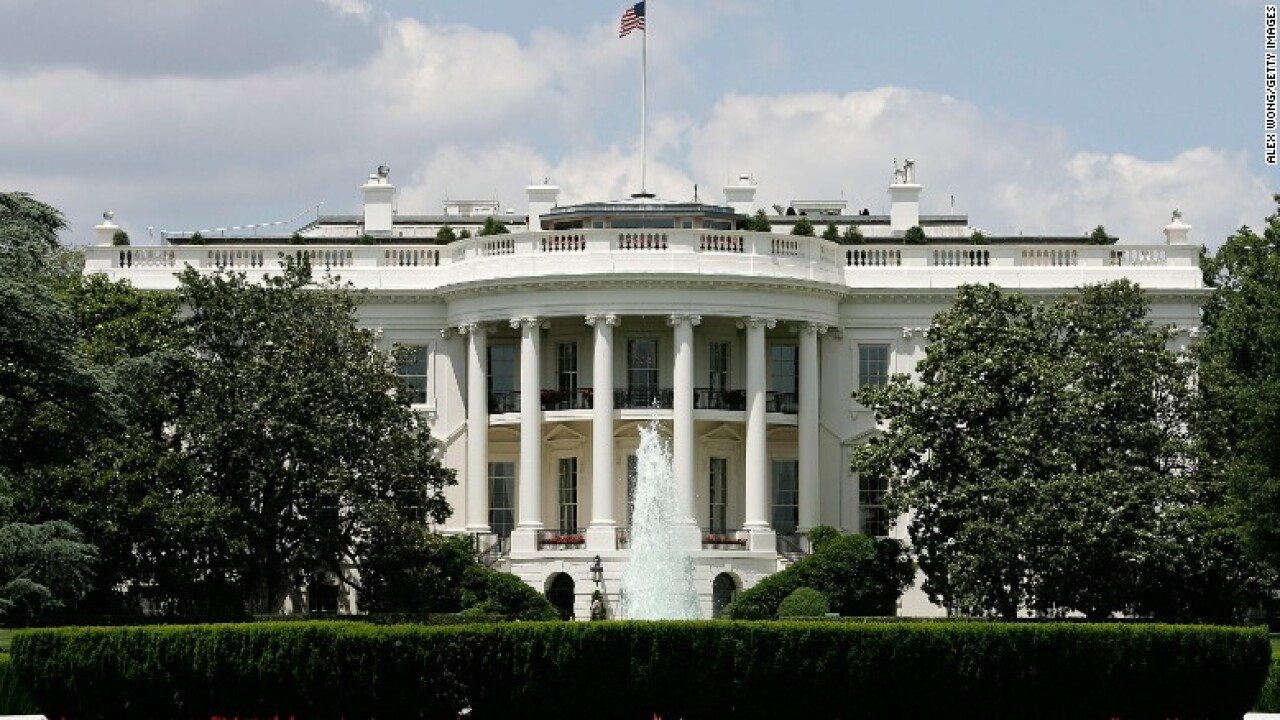 Man in custody after reported White House threats