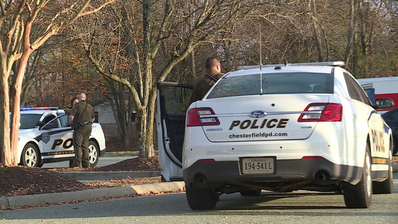 Teen brandishes BB gun in Chesterfield parking lot: CrimeInsider