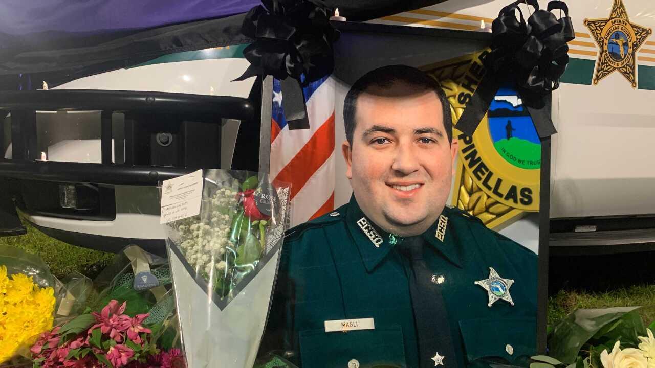 deputy michael magli-pinellas-memorial4.jpg