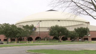 Tickets for world title fight at Cajundome on sale