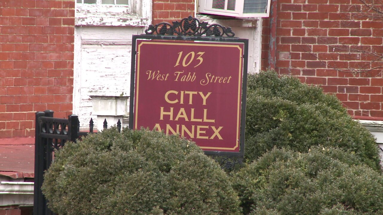Petersburg residents upset after learning utility bills can be seenonline