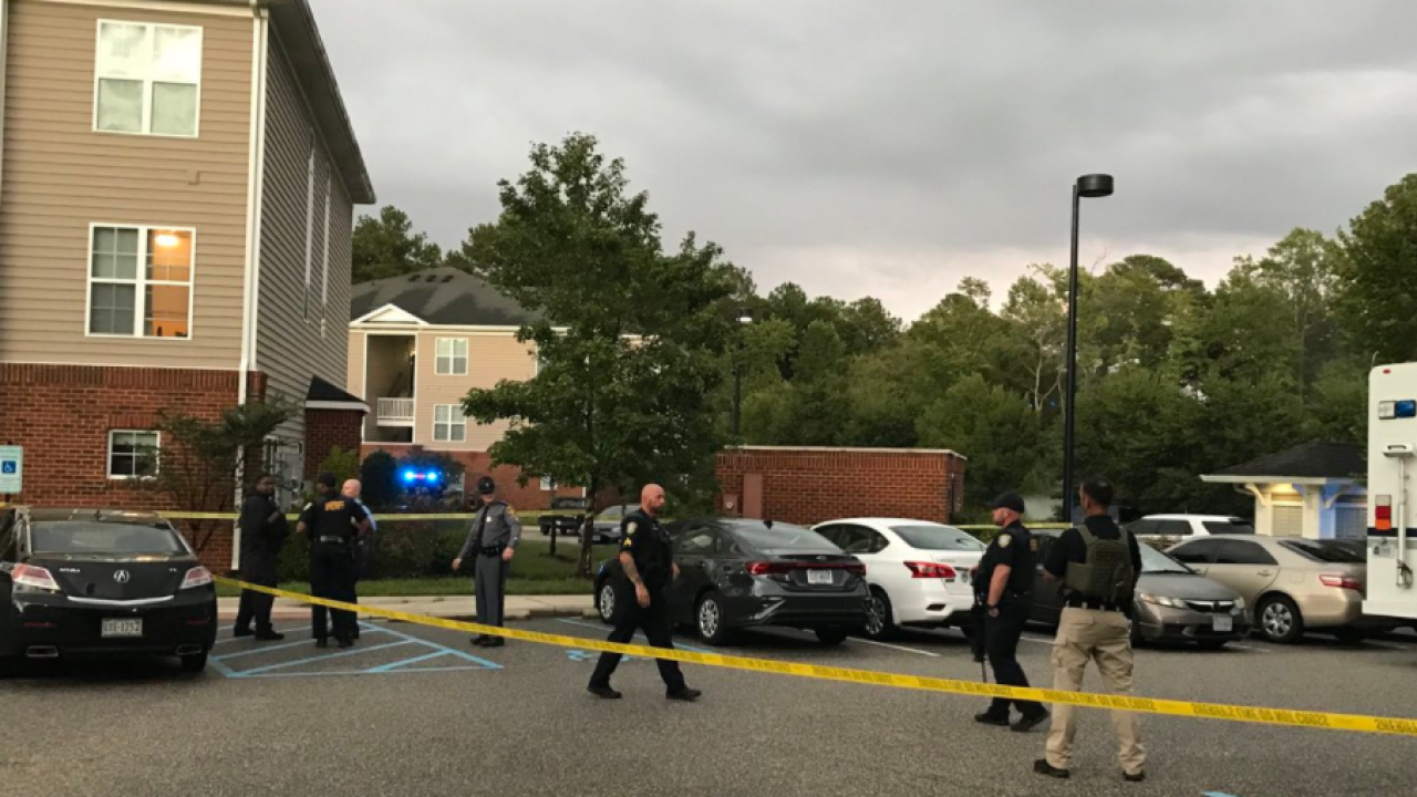 IOW Eagle Harbor Apartments barricade situation (September 23).PNG