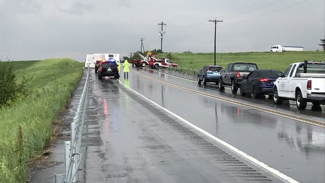 Three hurt in weather-related crash on Highway 92