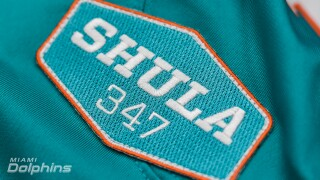'Shula 347' patch on Miami Dolphins jersey