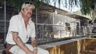Joe Exotic SIZED CORRECTLY