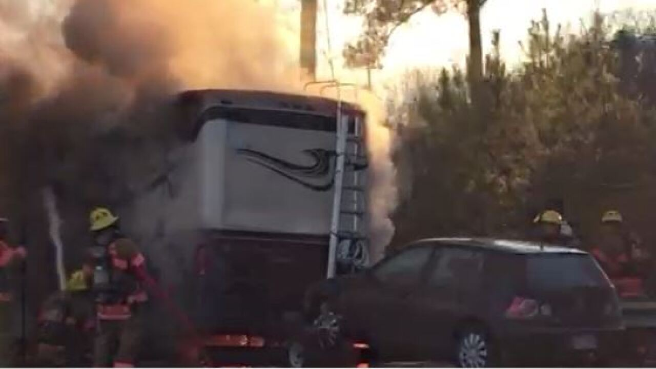 Vehicle fire snarls traffic on I-95 for nearly fivehours