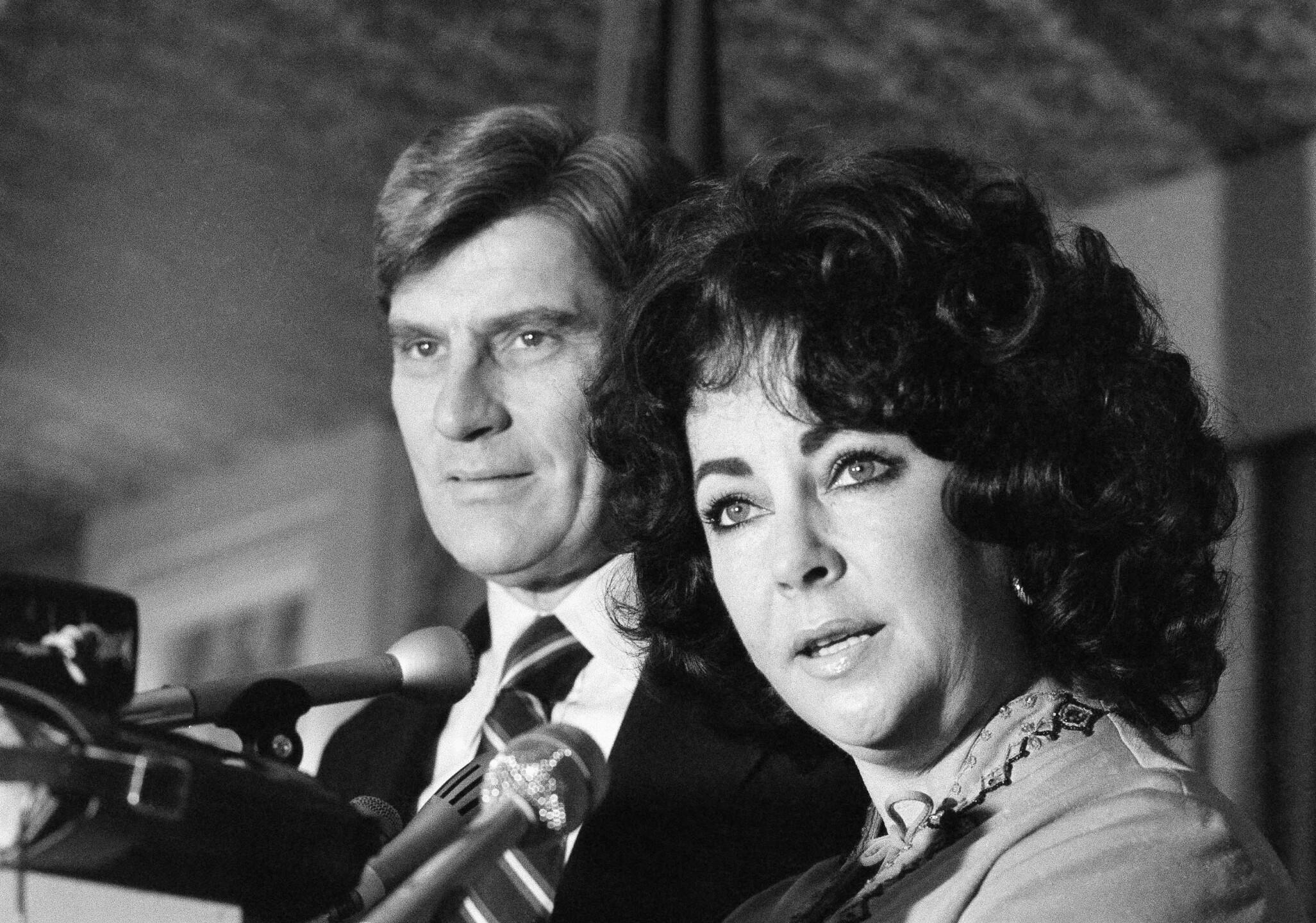 Elizabeth Taylor with John Warner