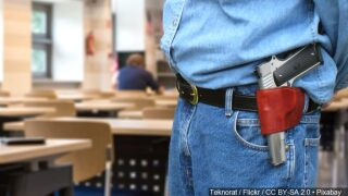 Law headed to governor allowing Texans to carry their guns for a week after natural disaster