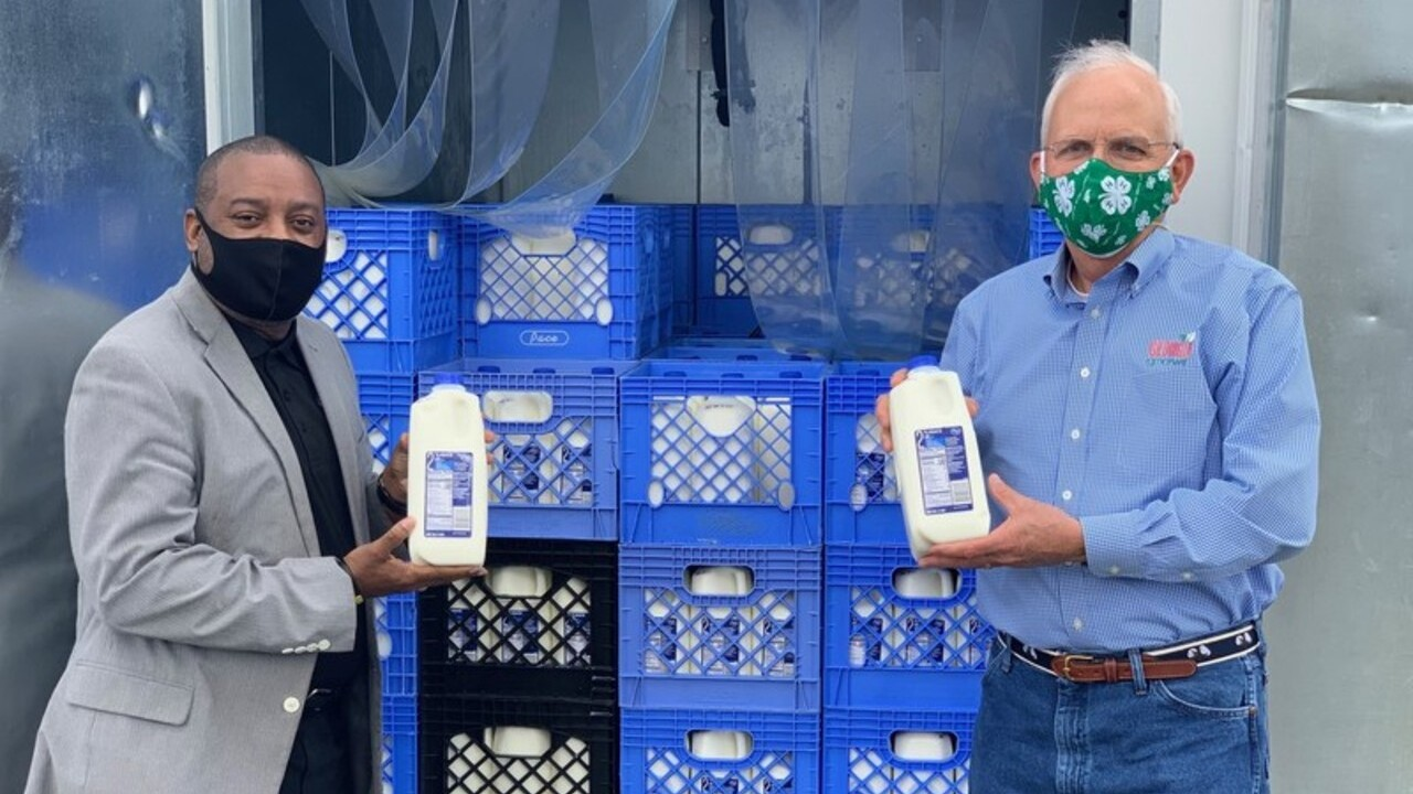 Kroger to donate 200,000 gallons of milk to nation's food banks as pandemic continues