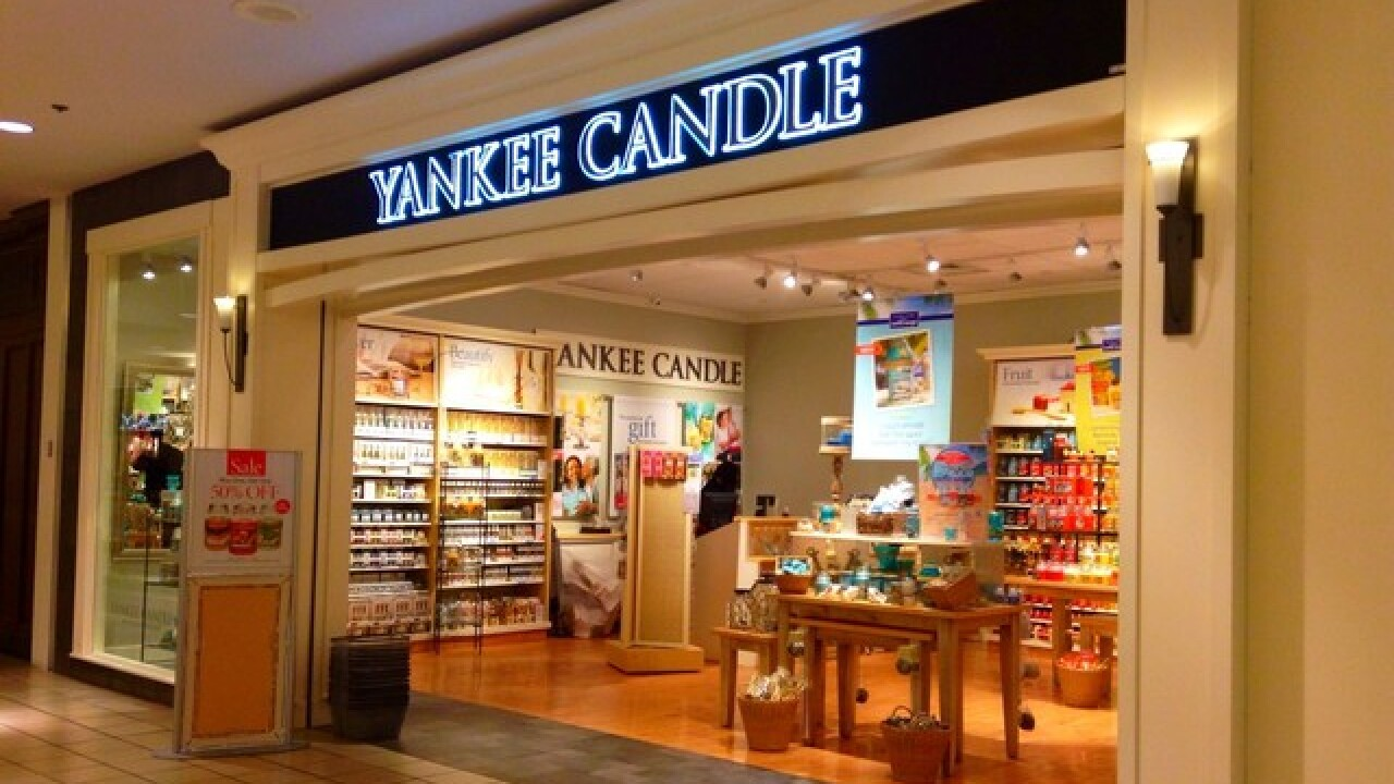 Yankee Candle: 2 large candles for $36 (regularly $55.98)