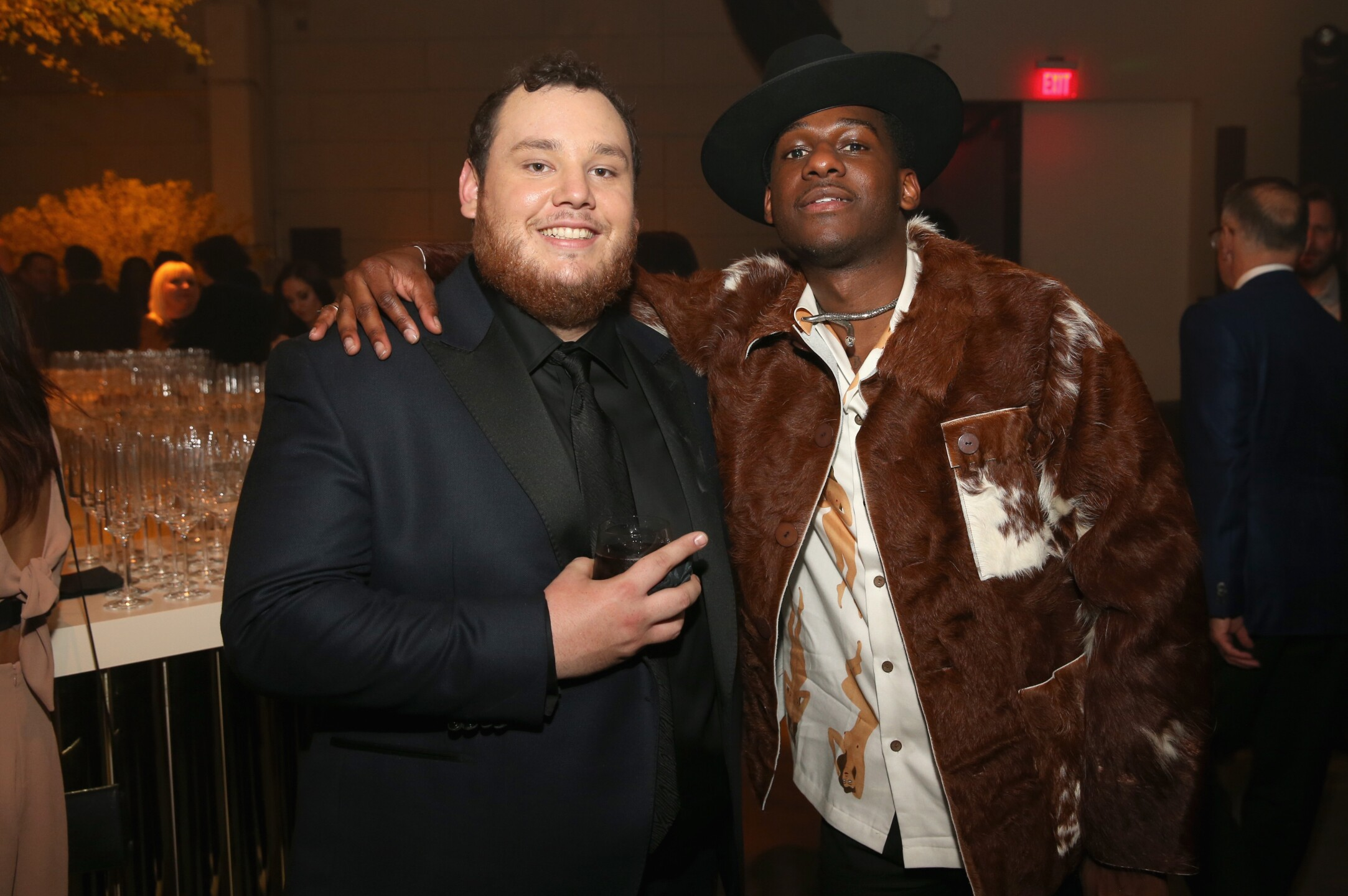 The wildest and weirdest Grammys' outfits. Leon Bridges and Luke Combs.