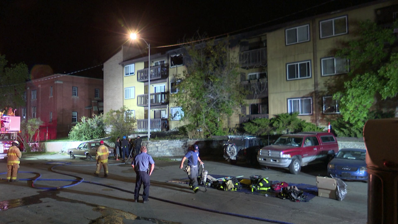 Overnight fire hits Helena apartment building