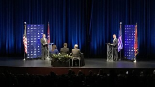 Lee, Dean Spar In First Debate