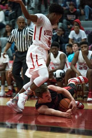 Oak Hills squares off against Princeton