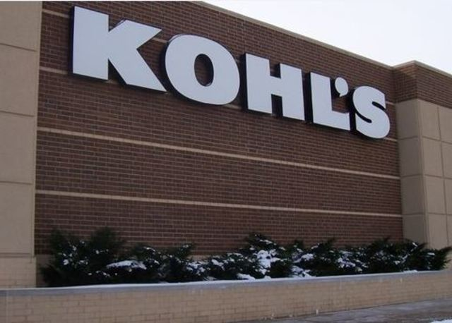 Black Friday extended hours across Southeast Wisconsin