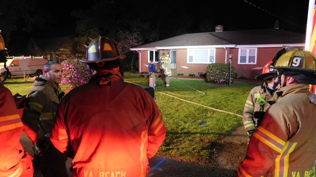One dead, two injured in Virginia Beach house fire