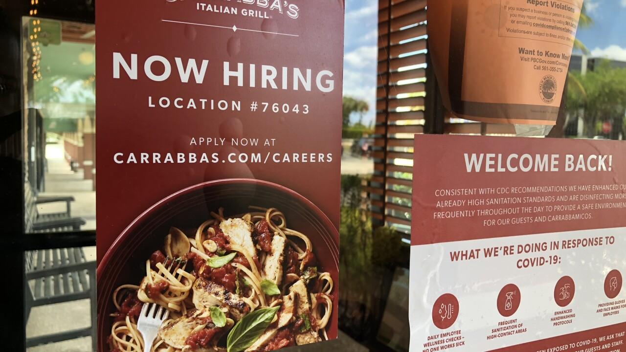 Carrabbas-now-hiring.JPG