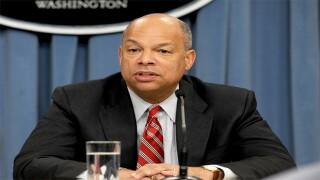Orden ejecutiva 2014: Secretario de Seguridad Nacional Jeh Johnson apoya decisión de Obama