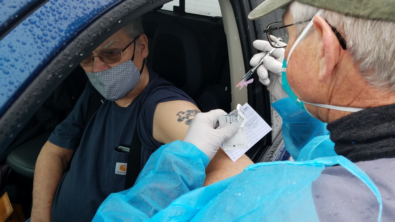 Mobile vaccination clinic in Lincoln, MT