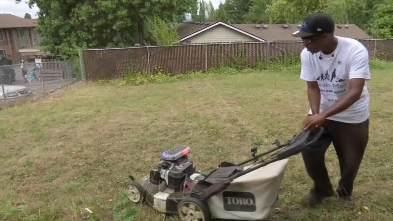 Man cuts grass for elderly Portland woman in tour across U.S. to mow lawns for free