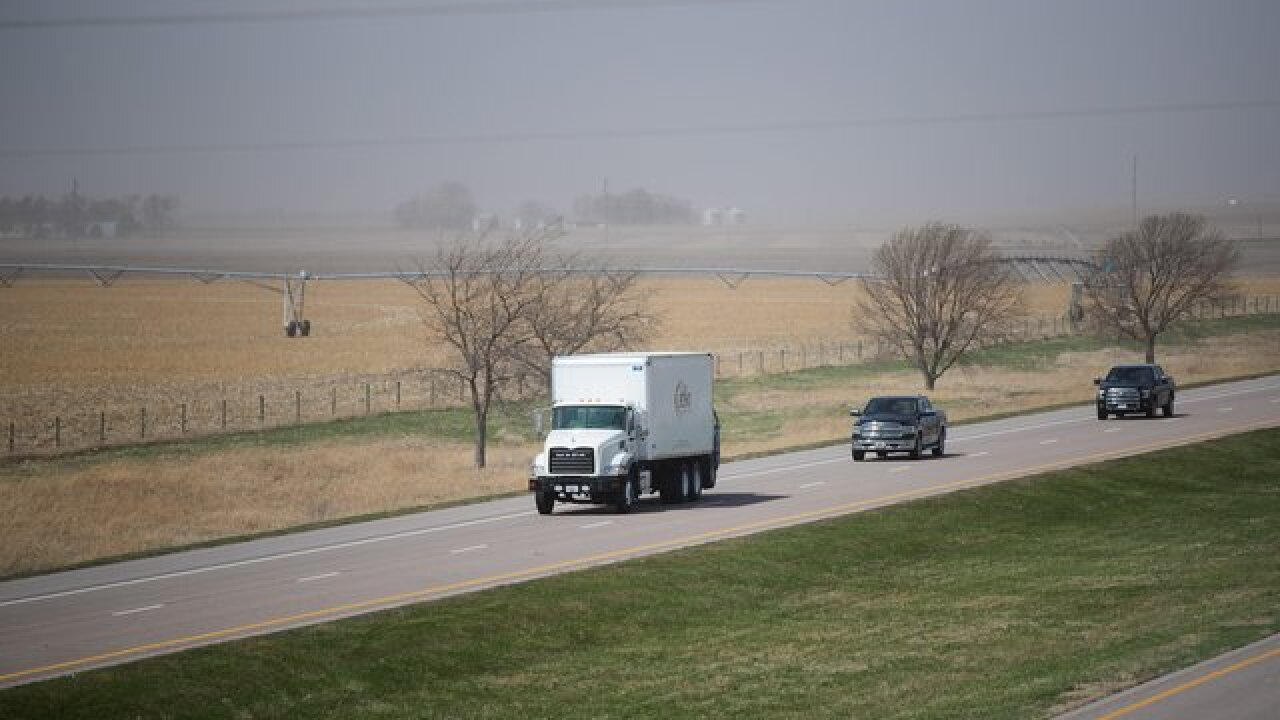 NWS issues advisory on blowing dust in Omaha