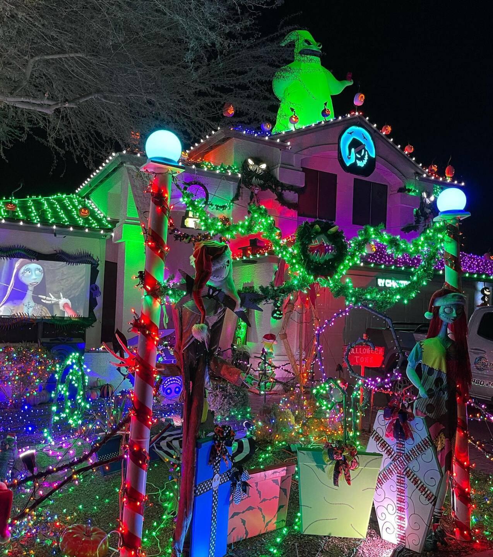 Scary Christmas House Glendale.jpg