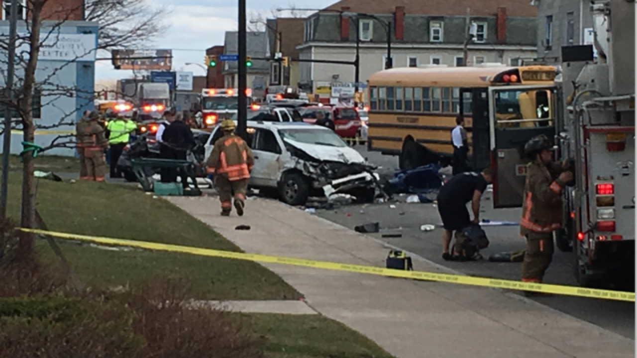 Chase leads to multi-vehicle crash involving bus